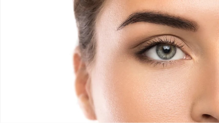 Microblading: Hollywood's Secret to Achieving Naturally Defined Eyebrows