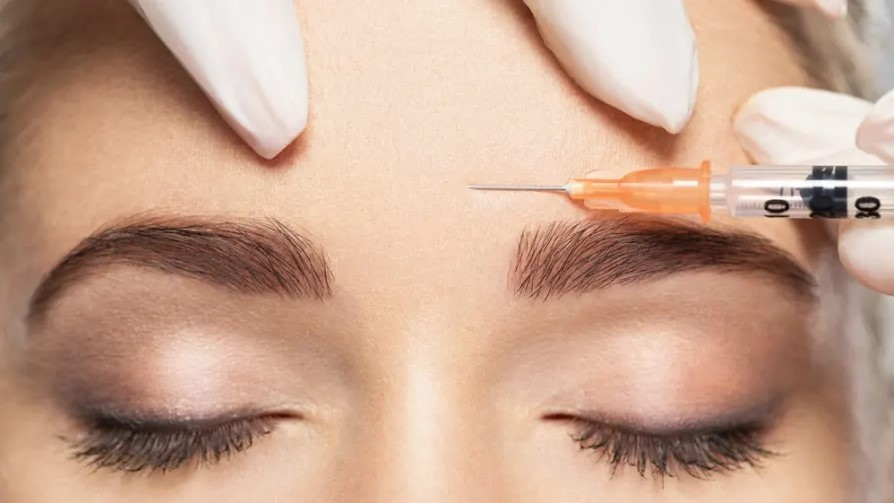 Comparing Neurotoxin Injections: A Guide To Botox, Dysport, Jeuveau, and Xeomin